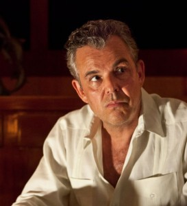 Danny-Huston-in-MAGIC-CITY-Season-1-Promos-3