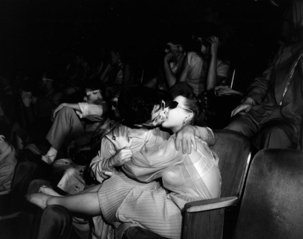 Задний Ряд Кинотеатр Секс Онлайн