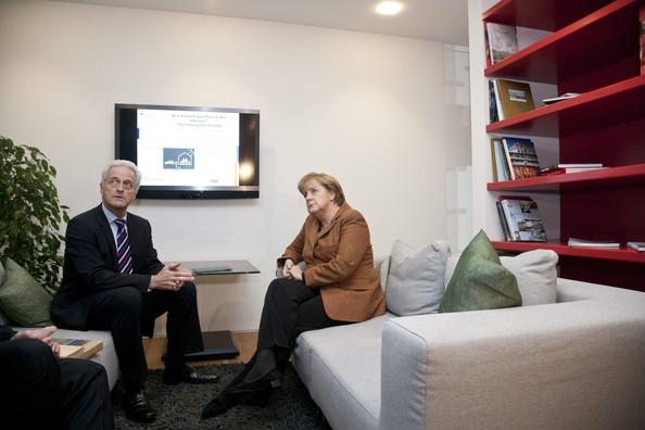 Angela+Merkel+Merkel+Inaugurates+Energy+Efficient+aXI8Sq546W8l