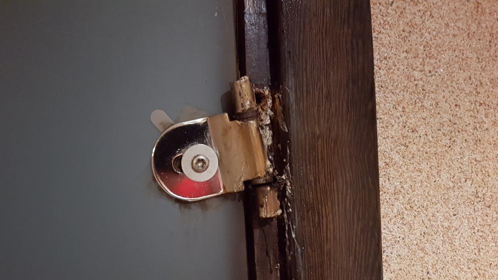 Состоянии двери в сауну. Фото: Рустам Билялов