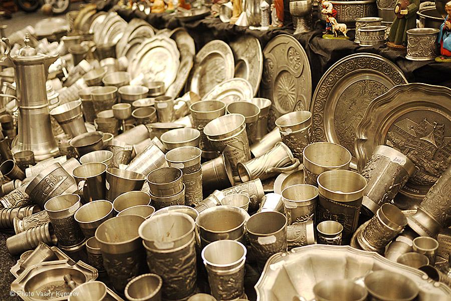 Рождественский рынок в Праге. Изделия из металла.