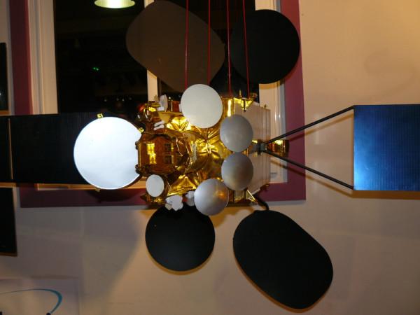 Eutelsat_w3b.JPG