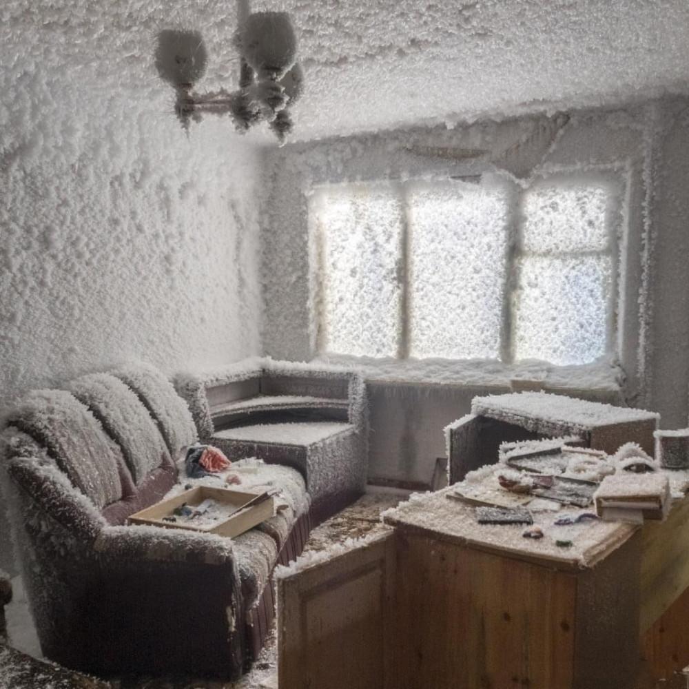 Заброшенные дома возле Воркуты. Вот не пойму: