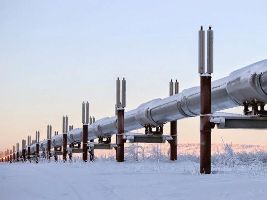 Украинский транзит уменьшился на 38 процентов — до 55,8 миллиарда кубометров. «Северный поток 2» и трубопровод из Сербии в Венгрию может полностью обнулить транзит через бандеровское государство.