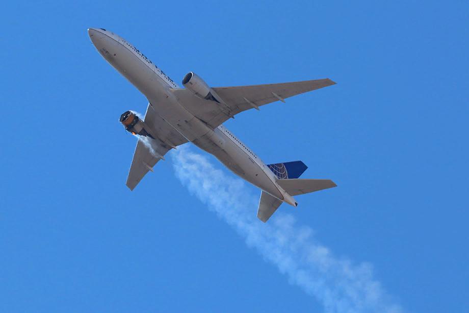 United Airlines заявила, что отзывает из эксплуатации 24 самолёта Boeing 777 с двигателями Pratt & Whitney PW4000. Фото ТАСС
