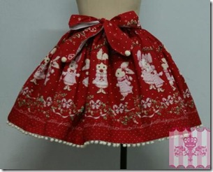 dream_of_lolita_milk-chan_and_snow_strawberry_print_skirt_2