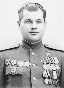 командир 696-го стрелкового полка Герой Советского Союза Кельбас Глеб Демьянович