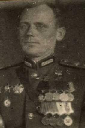 Герой Советского Союза Трофим Гулеватый