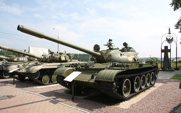 800px-T-34_Tank_History_Museum_(81-26)