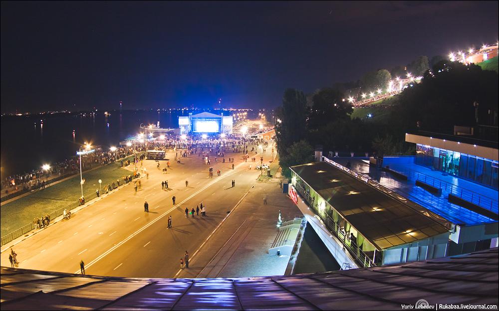 концерт и салют с крыши