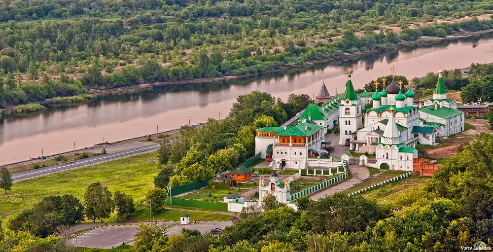 Вознесенско-Печёрский мужской монастырь