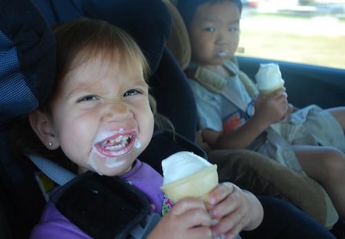 Еда в машине