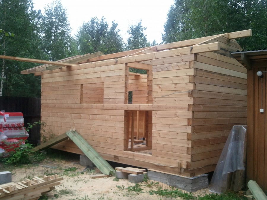 Как построить баню из бруса своими руками дешево