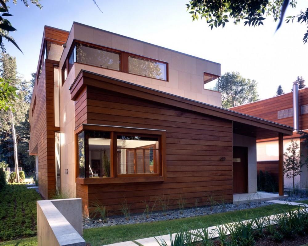 Дом с деревянным фасадом фото