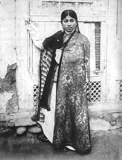 такая молодая таджичка