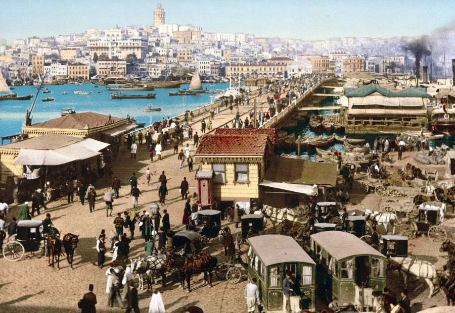 Istanbul, Turkey — between 1890 and 1900.jpg