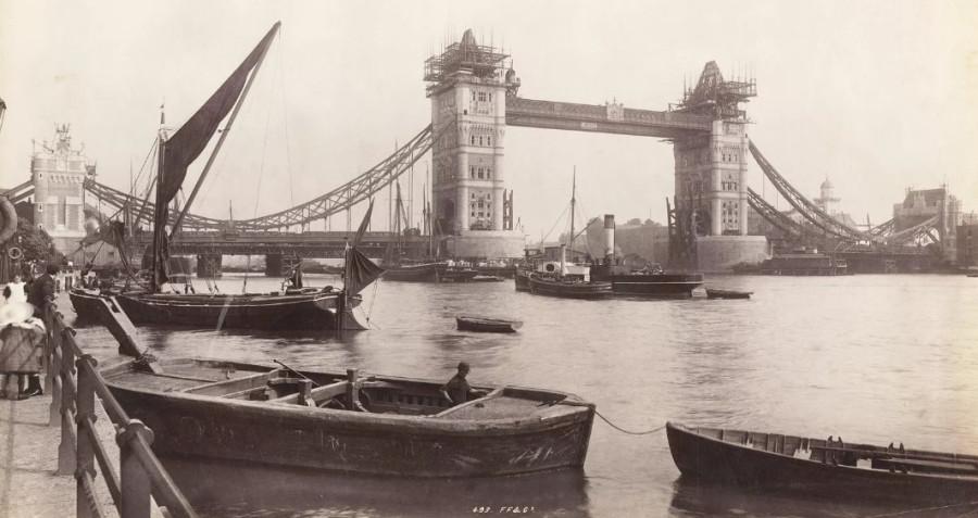 London, England — circa 1893.jpg