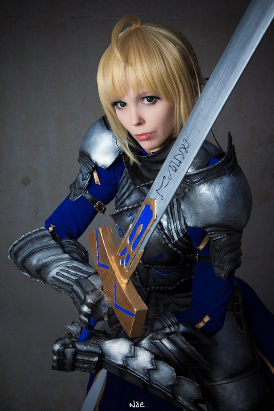 fate_stay_night___saber__gift_version__ii_by_calssara-d5l2t4c.jpg