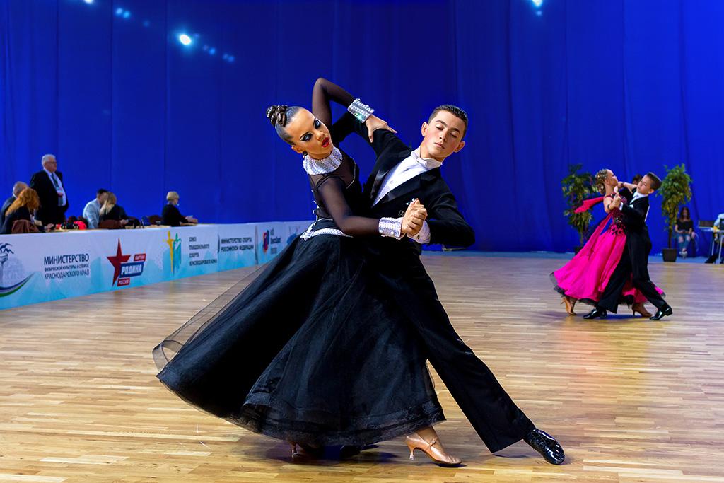 Морозов алексей бальные танцы ренессанс фото квартиры