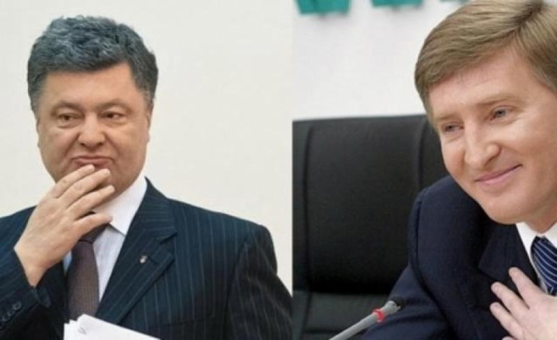 Donbass blockade is finishing off Poroshenko and Akhmetov