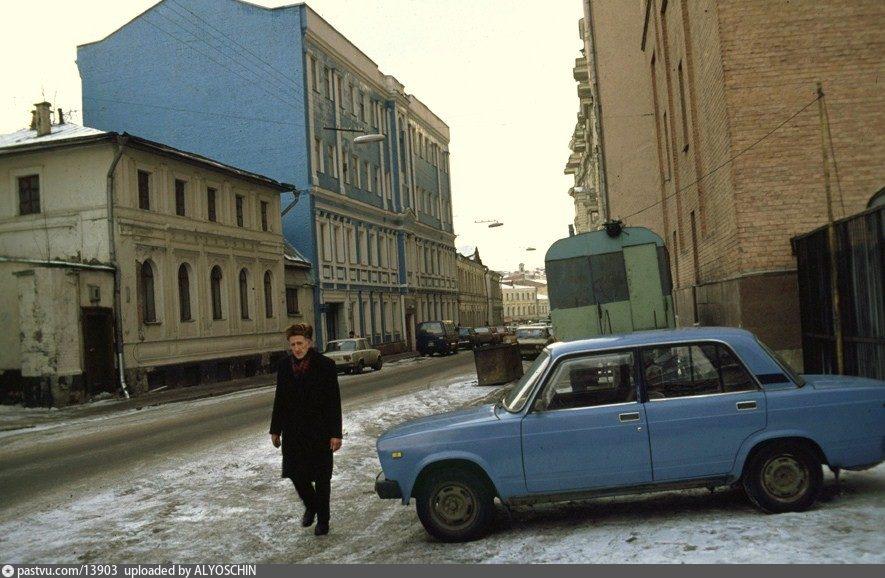 Москва, как она есть. Милютинский переулок(часть 1)
