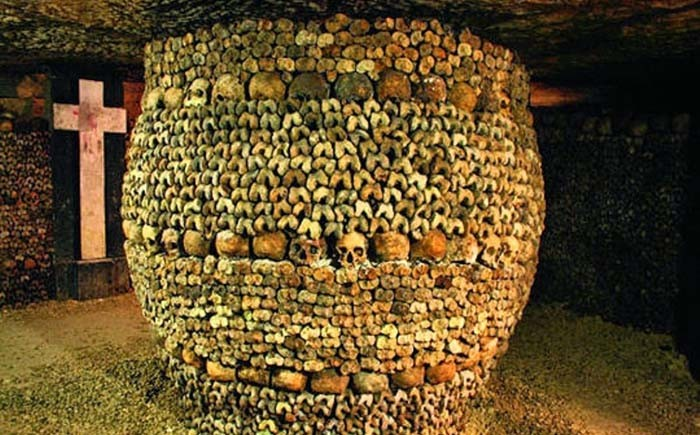 Crazy-Cool-Catacombs-31