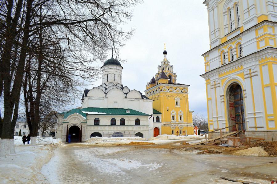 Монастырь 14 века в Киржаче