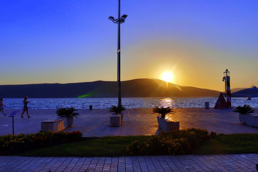 Тиват - город самых красивых закатов в Европе