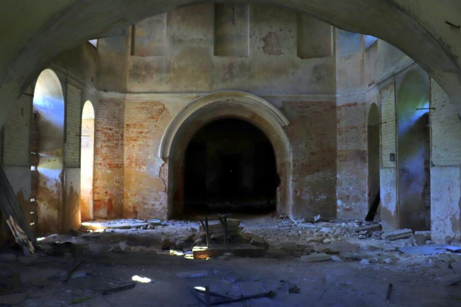 Заброшенная церковь Рождества Пресвятой Богородицы