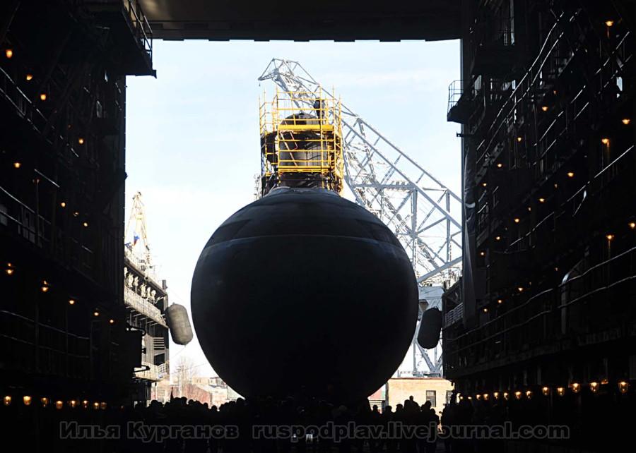 Б-268 «Великий Новгород» проекта 636.3 спущена на воду.