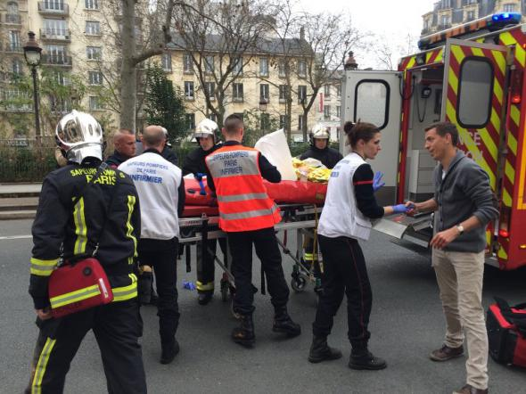 Исламское государство устроило теракт во Франции. 4027_600