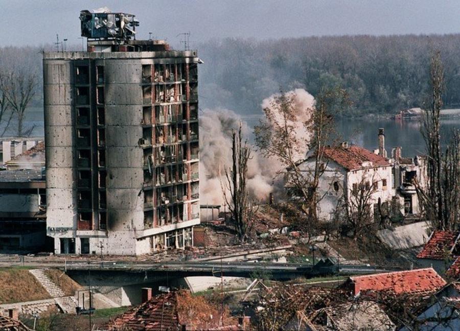сербия бомбордир