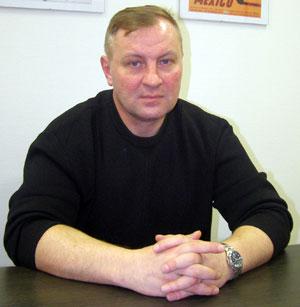 http://pics.livejournal.com/russkii_narod/pic/0000trac