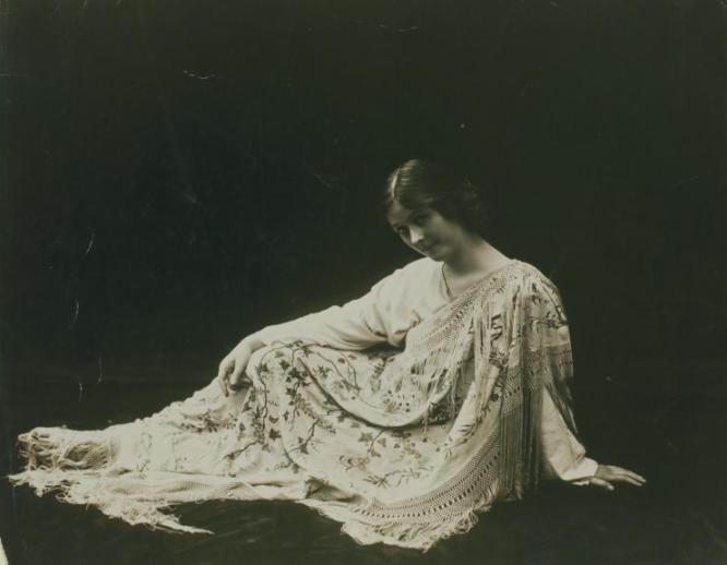 1-3_Isadora Duncan_original