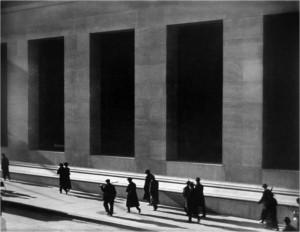 wall-street-1915-paul-strand