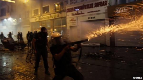 Второй день протестов в Турции