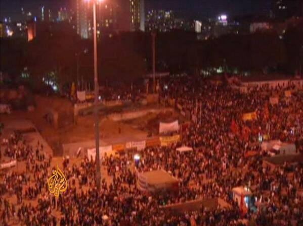 Thousands gathered in Taksim Square