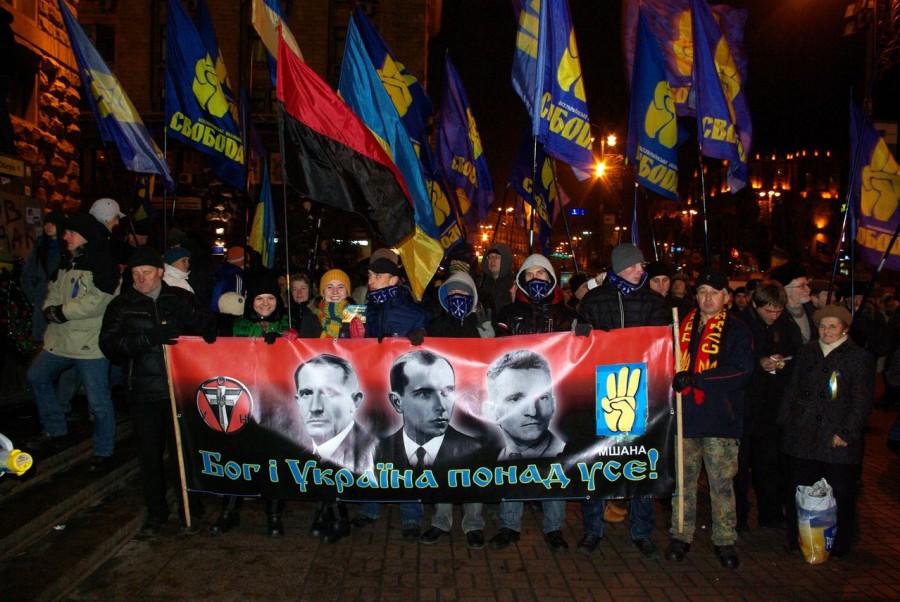 """Активисты """"Национального корпуса"""" и """"Правого сектора"""" начали шествие от памятника Родина-мать в Киеве - Цензор.НЕТ 4896"""