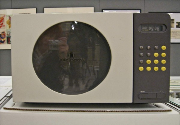 Микроволновая печь «Электроника СП-27», ВНИИТЭ, 1989