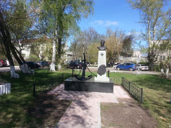 Черкасов, Володарск