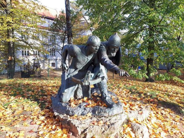Вячко и Меэлис, Тарту
