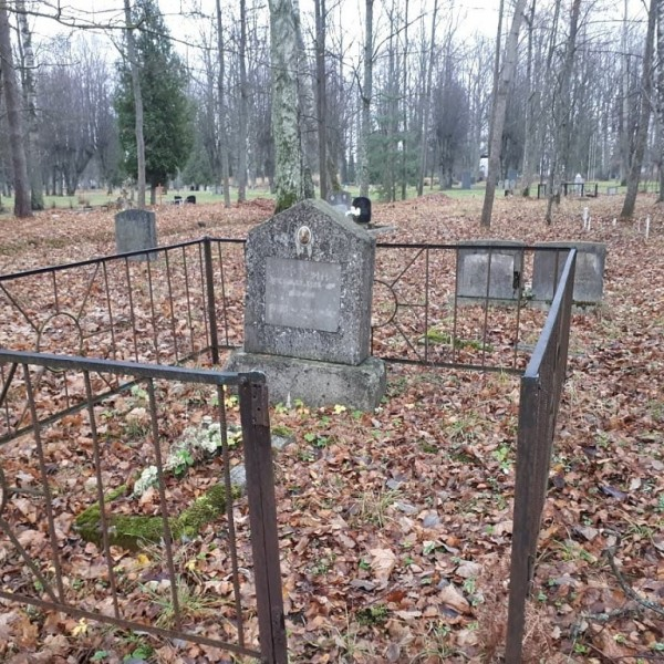 Елгава, Гарнизонное кладбище 07