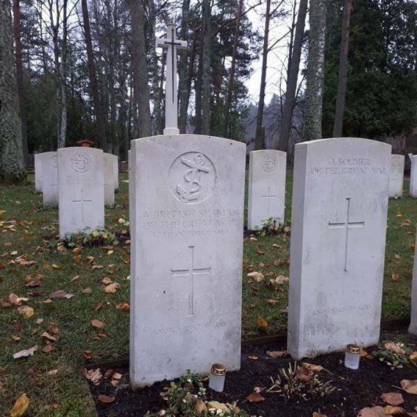 Елгава, Лесное кладбище 10