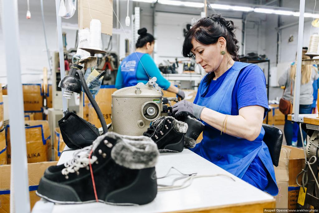 """Как делают обувь? Производство группы компаний """"Обувь России"""""""