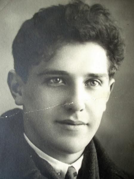 Дедушка в 19
