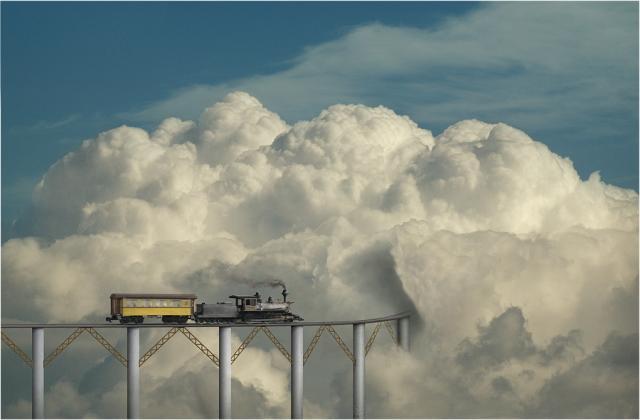паровоз в облако