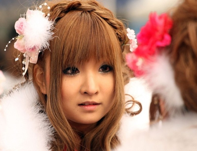 Япония - день совершеннолетия японки фото