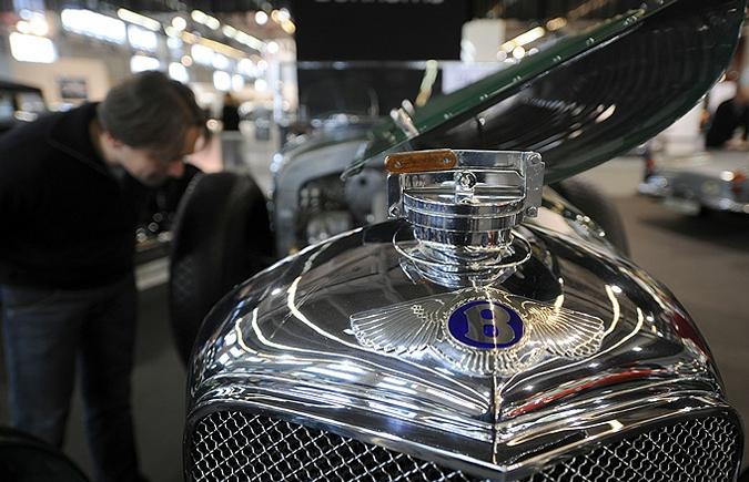Выставка ретро-автомобилей в Париже Paris-Expo