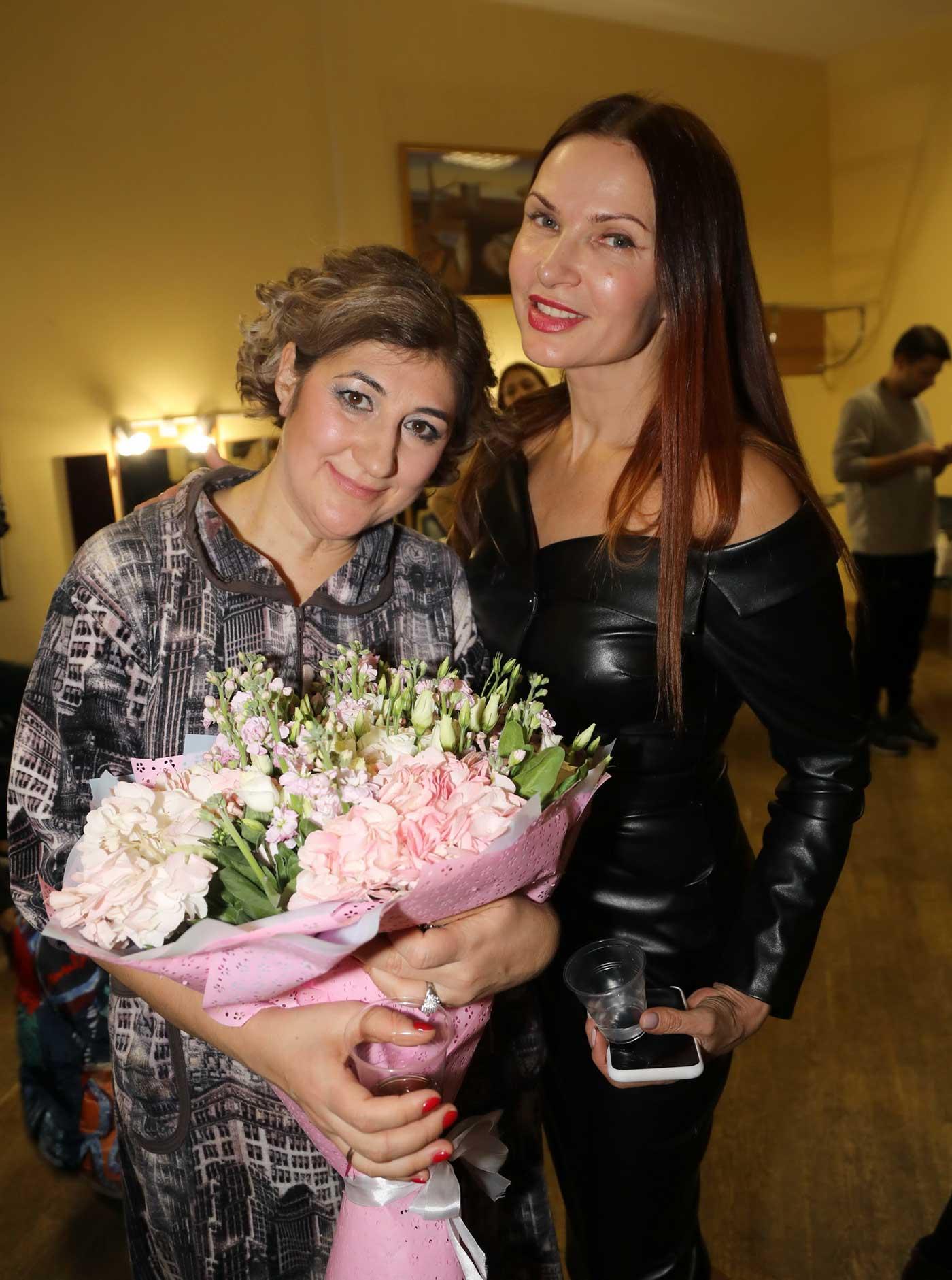 evelina-bledans-i-nina-chusova090753