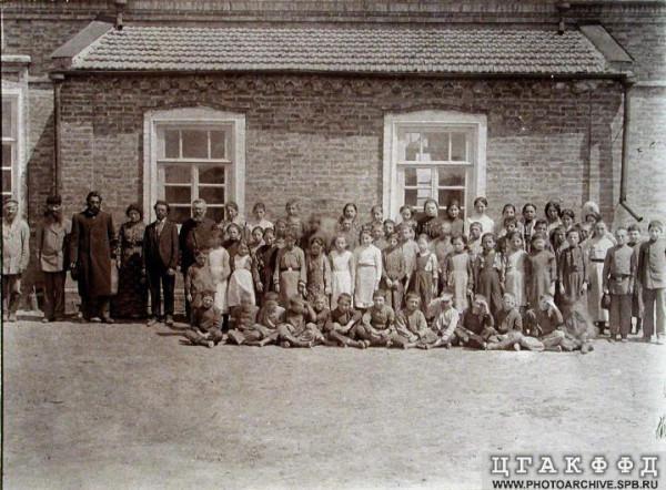 Читая старые газеты. Колония Красноселка. 1904 г.